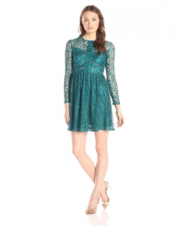 Minuet Womens Sleeve Overlay Green
