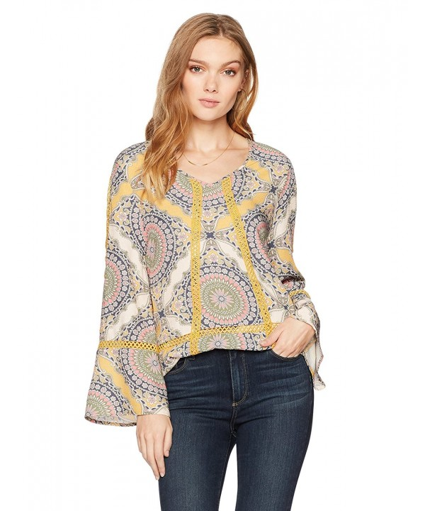 Ella Moon Womens Shoulder Medallion